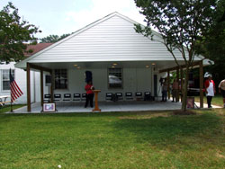 Portlock Senior Center shelter - photograph